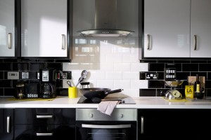 edmark kitchen black ceramic tiles